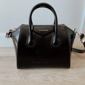 givenchy antigona small bag black